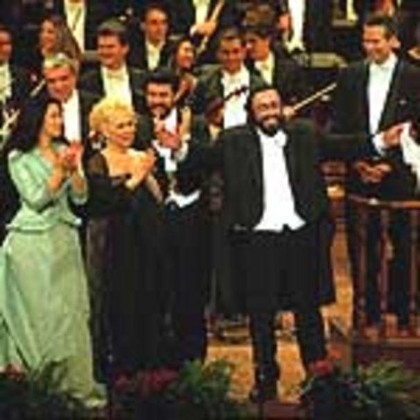 Luciano Pavarotti, Pavarotti in Modena