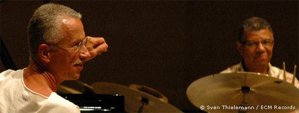 Keith Jarrett, Keith Jarrett, Gary Peacock & Jack DeJohnette - Setting Standards: New York Sessions
