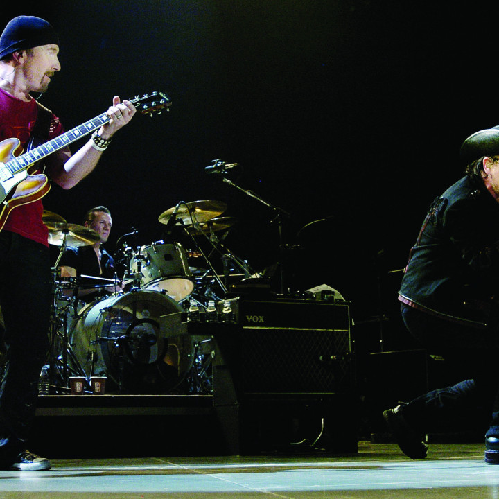 U2_Vertigo 2005 Live From Chicago_Motiv 8_300CMYK.jpg
