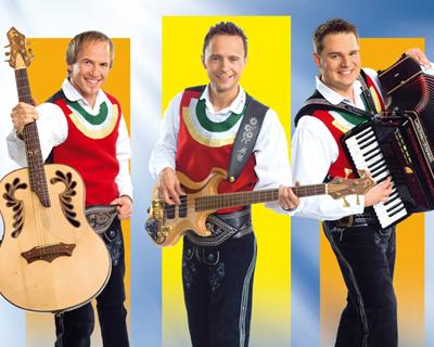 Die Jungen Zillertaler, Gleich dreimal in den Single-Charts