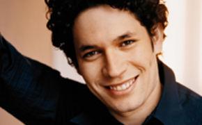111 Jahre Deutsche Grammophon, Gustavo Dudamel gratuliert zu 111 Jahren Deutsche Grammophon