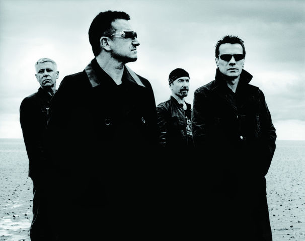 U2, U2-Show vor dem Brandenburger Tor!