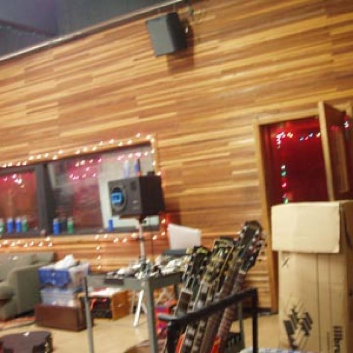 Reamonn_new_studio_7