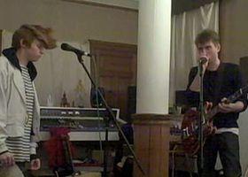 La Roux, La Roux Webisode 1 - NME