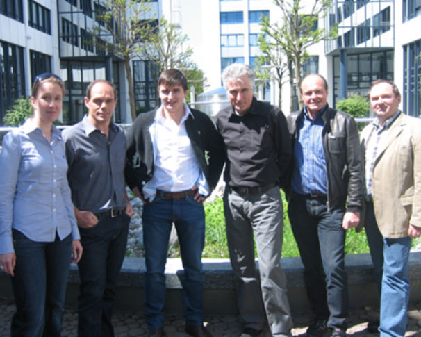 Andreas Gabalier, Koch Universal Music freut sich über einen Neuzugang: Andreas Gabalier unterschreibt einen Vertrag