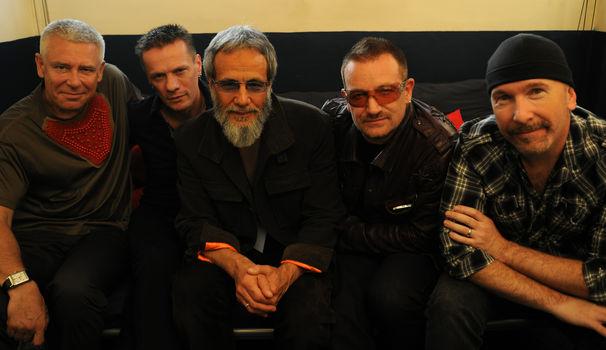 Yusuf / Cat Stevens, Yusuf / Cat Stevens präsentierte mit U2 als Vorgruppe sein neues Album Roadsinger (To Warm You Through The Night) LIVE in London