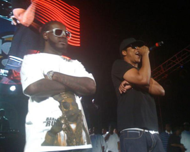 Jay-Z, T-Pain zu seinem D.O.A. Auftritt mit Jay-Z