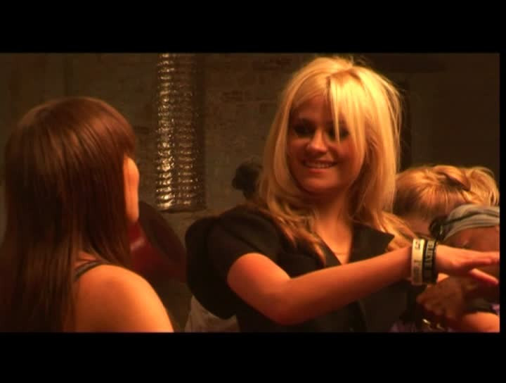Pixie Lott - Making Of 'Mama Do' (16:9)