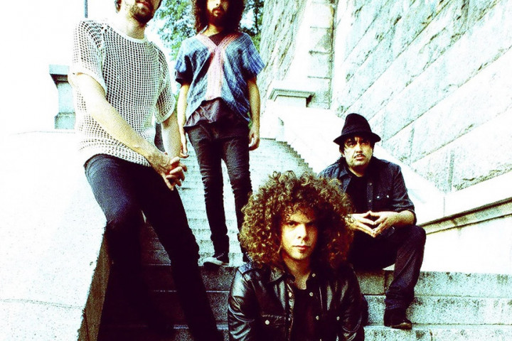 Wolfmother Genreweb 2009 2