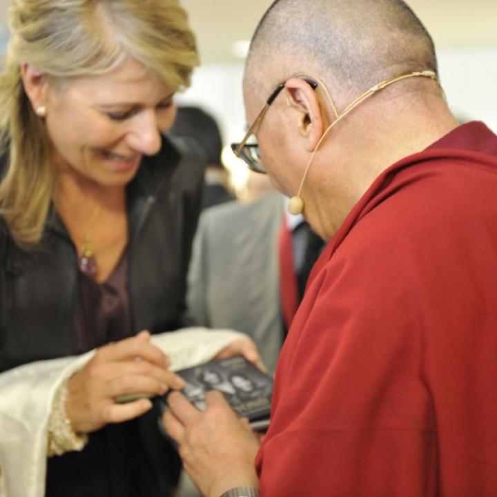 Beyond Singing beim Dalai Lama Event in Frankfurt 2009 ©Tamara v. Rechenberg