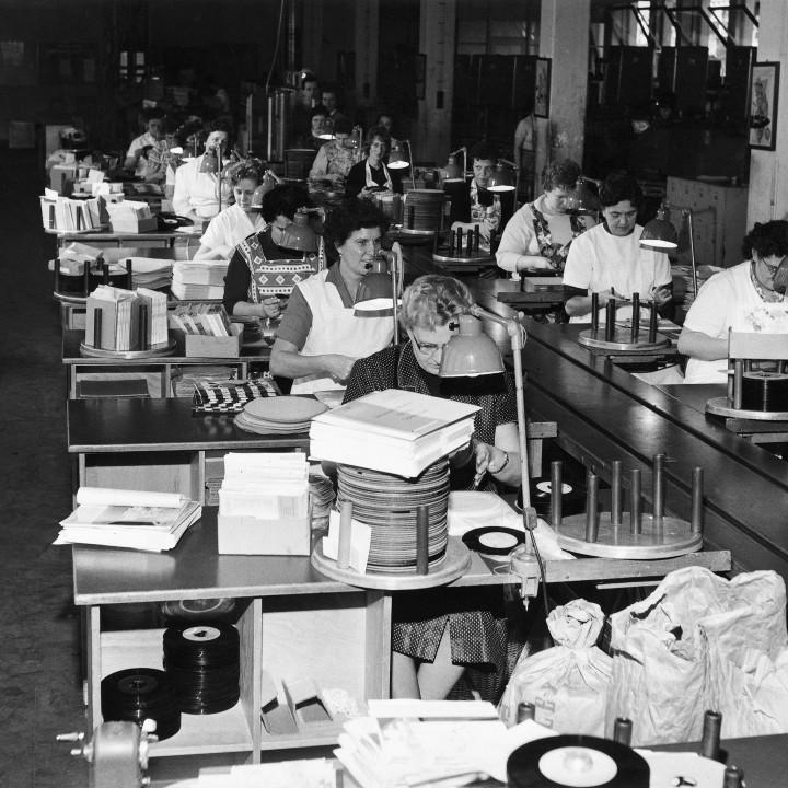 Mitarbeiter Werk Hannover ©DG Photo Archiv