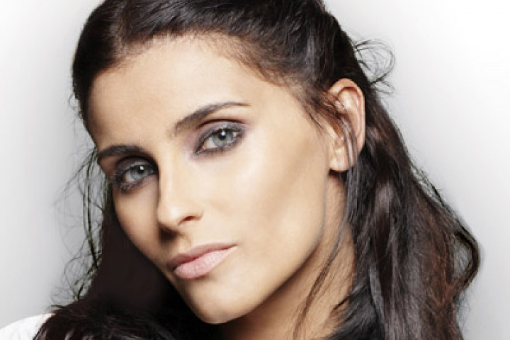 Nelly Furtado 2009