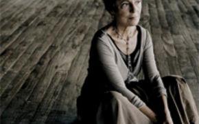 Maria Joao Pires, Maria João Pires gratuliert zu 111 Jahren Deutsche Grammophon