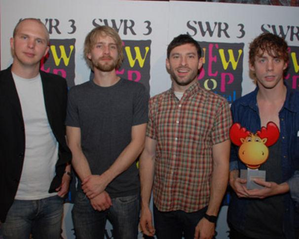 Razorlight, Gewinnen Publikumspreis beim New Pop Festival