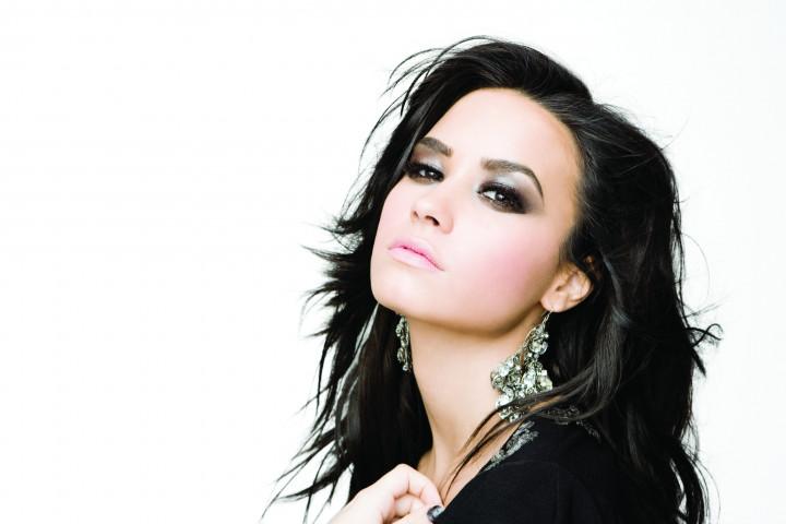 "Bild 4 Demi Lovato ""Here We Go Again"""