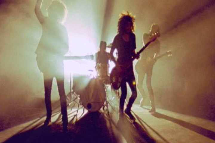 Wolfmother Genreweb 2009 Video 1