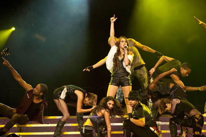 Miley Cyrus Tour 2009 Genreweb