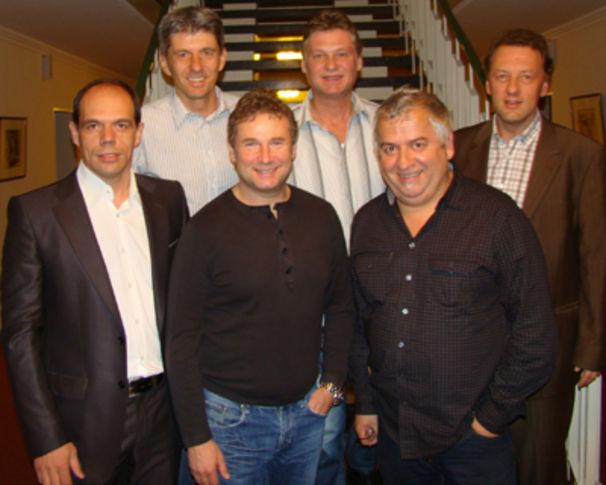 Nockalm Quintett, Die Nockis verlängern ihren Vertrag bei Koch Universal Music