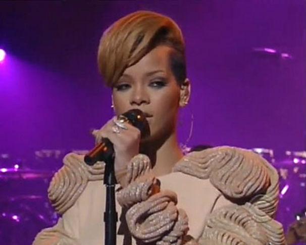 Rihanna, Stars singen für Haiti