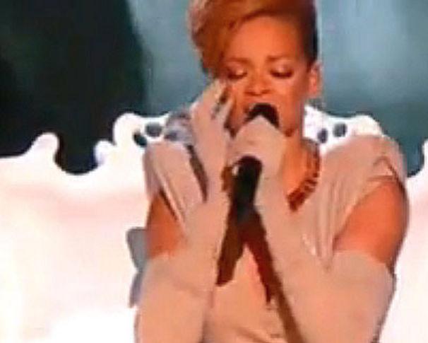 Rihanna, Rihanna nimmt England im Sturm