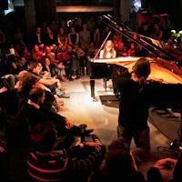 Alice Sara Ott, Auf Händen getragen: Alice Sara Ott @ Yellow Lounge
