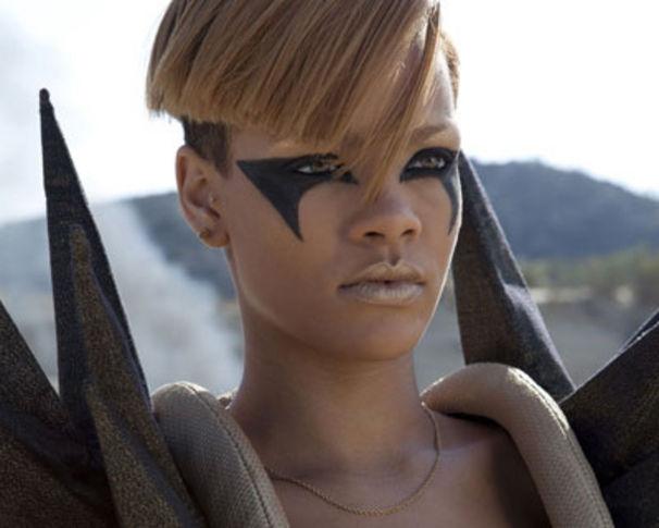 Rihanna, Rihanna krönt Song und Künstler des Jahres!