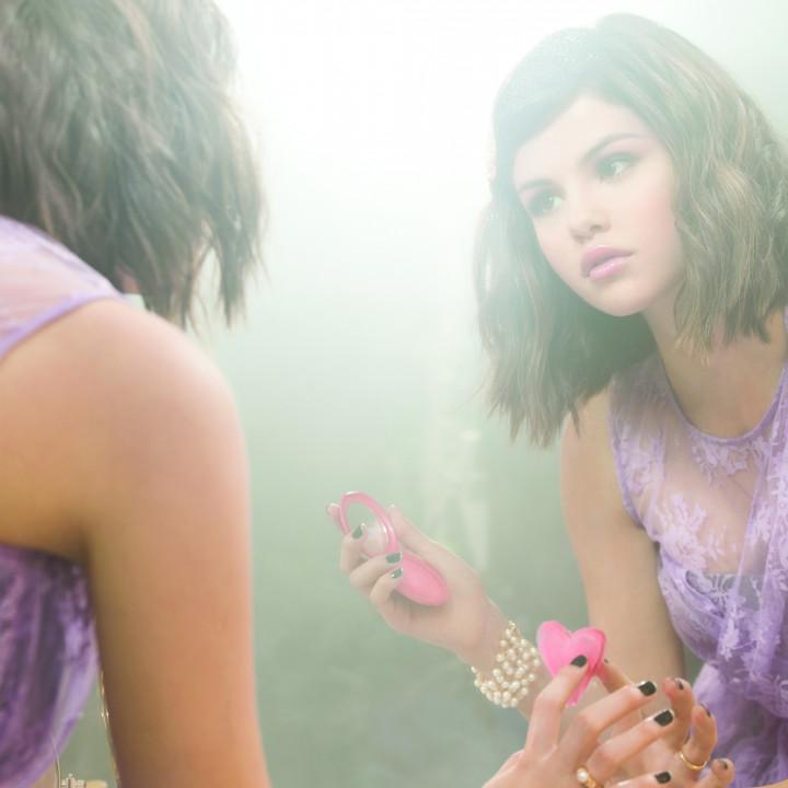 selena Gomez Bild 24 2010