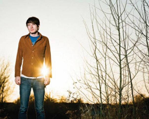Owl City, Mit Fireflies direkt auf Platz 1 der UK Charts gelandet