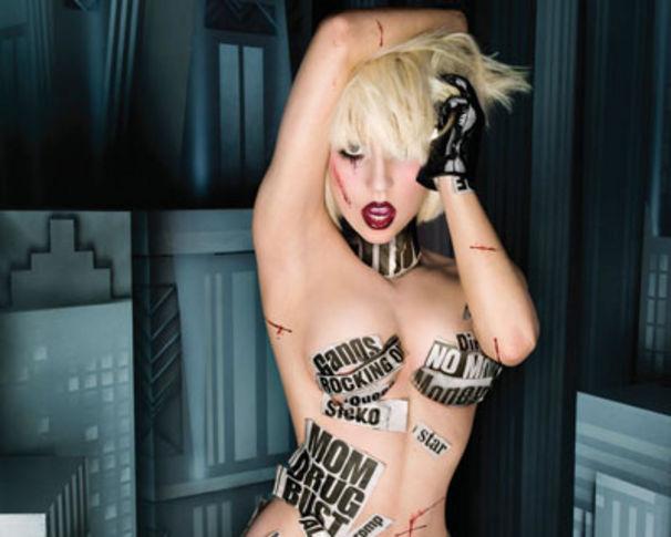 Lady Gaga, Lady Gaga als FHM-Covergirl
