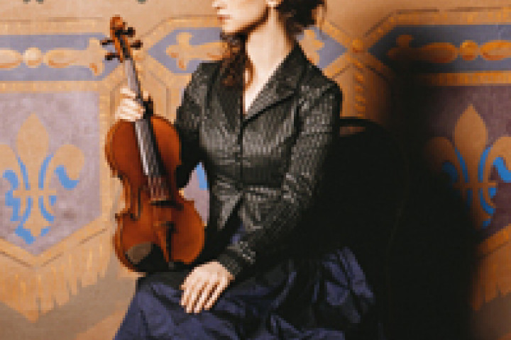 Hilary Hahn mit Geige, Montreal, Theatre Corona © Mathias Bothor