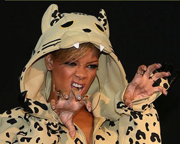Rihanna, Rihanna ist The Last Girl on Earth!