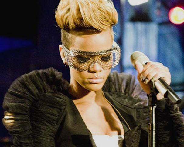 Rihanna, Rihanna performt in Israel für sozial engagierte Fans