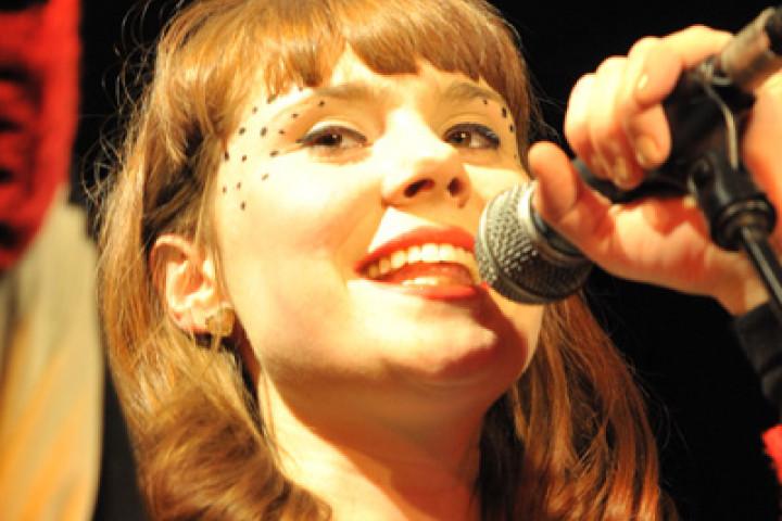 Kate Nash live 2010