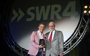 Christoff, SWR4 verleiht Christoff den SWR4 Schlagerstern für den erfolgreichsten Nachwuchssänger 2009
