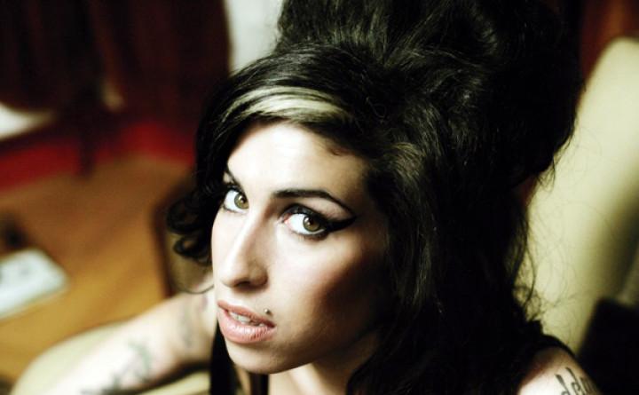Amy Winehouse 04