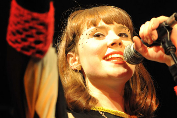 Don't use - altes Format!!! Kate Nash live 01