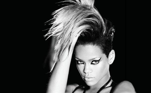 Rihanna, Eminems Überraschungsauftritt beim Rihanna Konzert