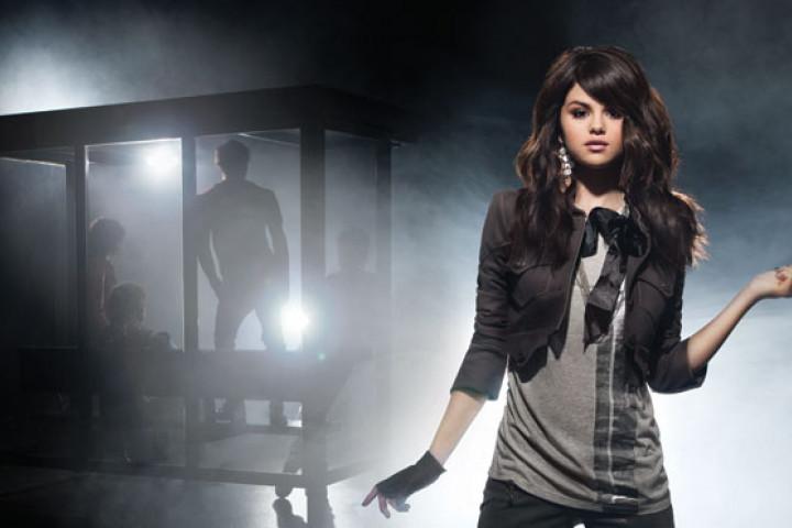 Selena Gomez 01