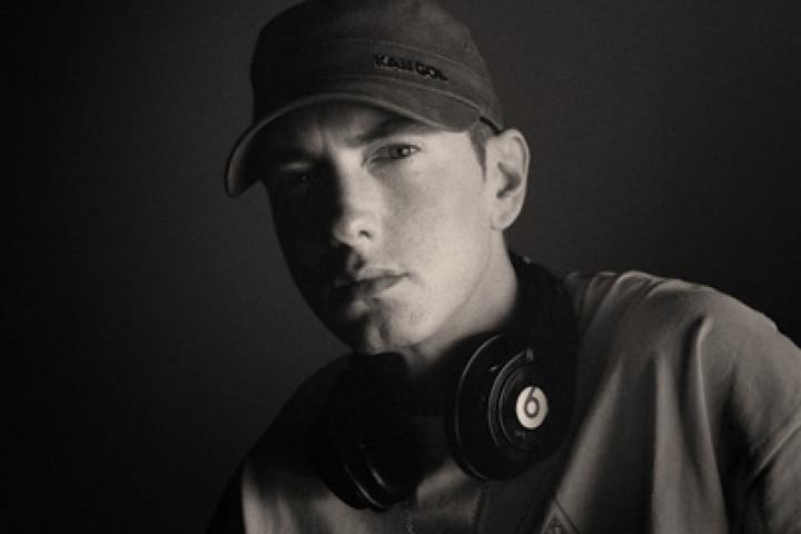 Eminem 2010 - 02