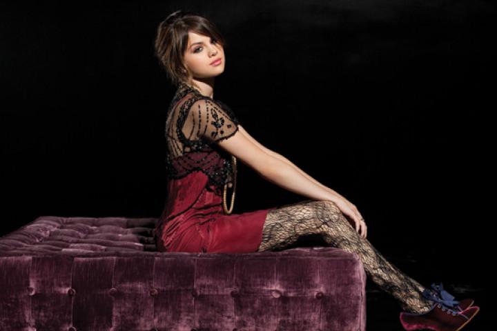 Selena Gomez 2010 - 03