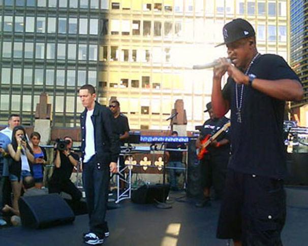 Eminem, EM und Jay-Z live über den Dächern Manhattan's