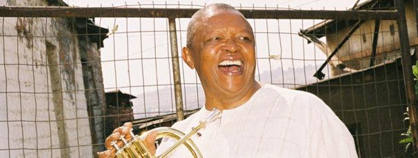 Hugh Masekela, Aus Fussball-Fans mach Jazz-Fans