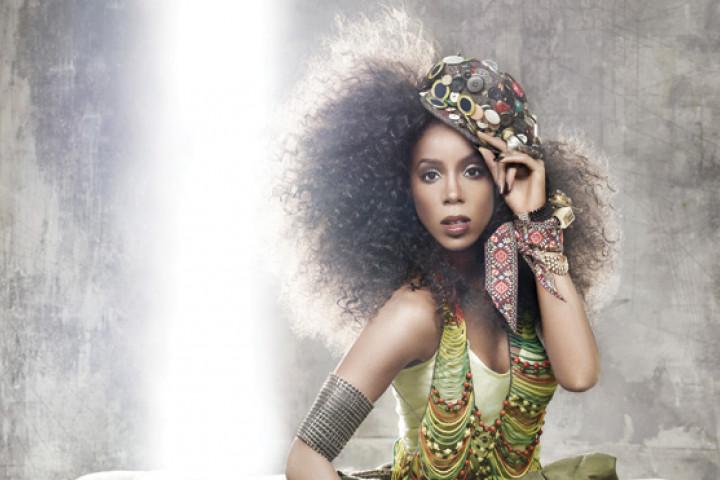 Kelly Rowland 2010 - 02