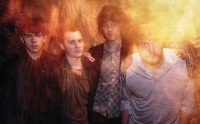 Klaxons, Klaxons auf #1 der Live-Bands