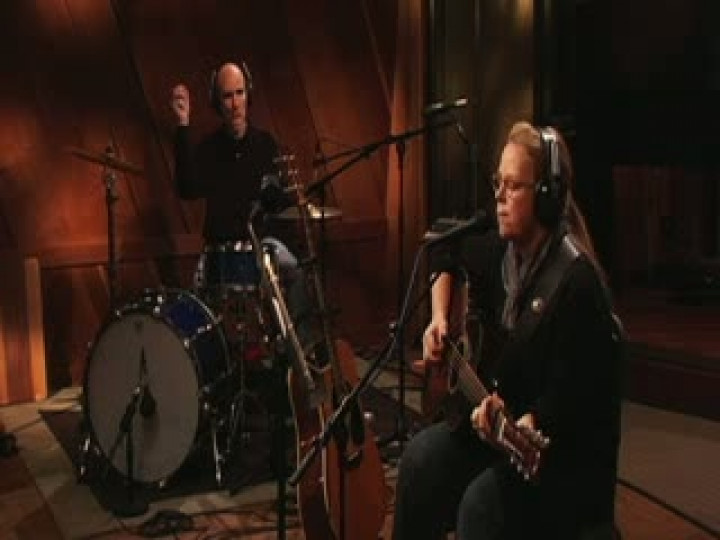 Mary Chapin Carpenter - Solitude