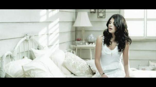 Nikki Yanofsky, Sweet Little Sixteen - Nikki Yanofsky