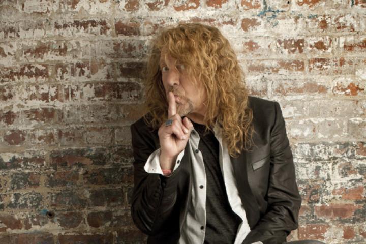 Robert Plant 2010 02