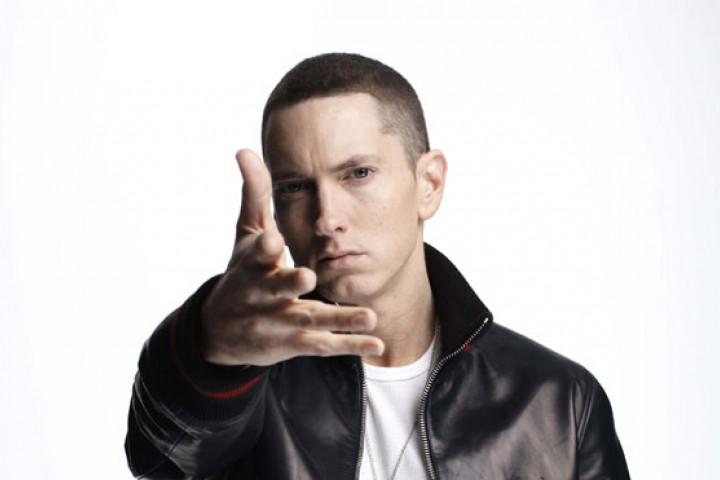 Eminem Recovery 2010 01_web