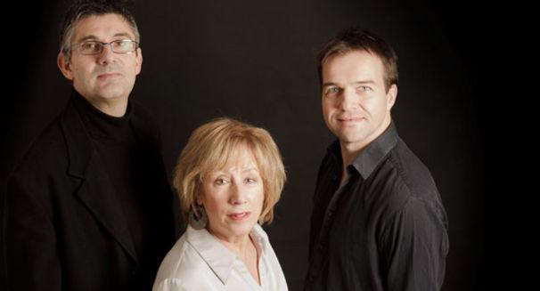 Norma Winstone Trio, Ein ungewöhnliches Trio mit ungewöhnlichen Geschichten: Norma Winstone, Glauco Venier & Klaus Gesing
