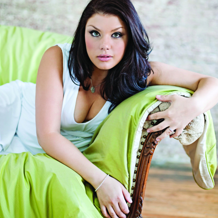 Jane Monheit, Home